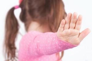 Pige laver spejl - adblockerne kommer